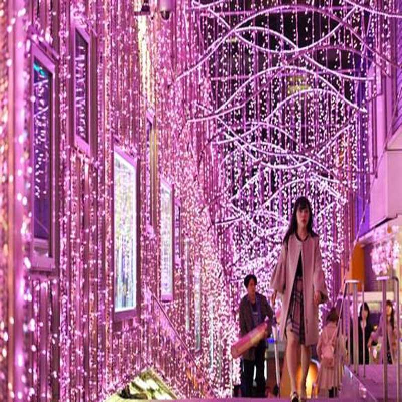 Tokyo Shinjuku Cherry Festival Lantern bestaat uit 300.000 led-lampen