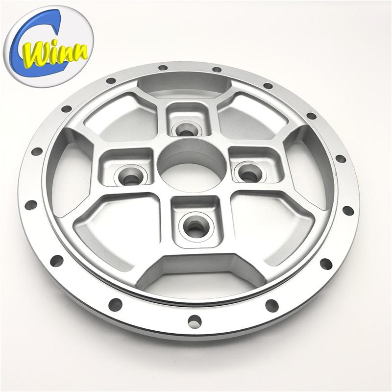 Aangepaste smeden \/ CNC verspanen aluminium velg centrum Auto-onderdelen Reserveonderdelen After Sales Onderdelen
