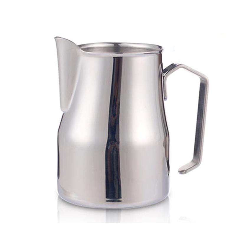 3 capaciteiten roestvrij staal en kleurrijke Italiaanse melkschuimkan voor latte kunst