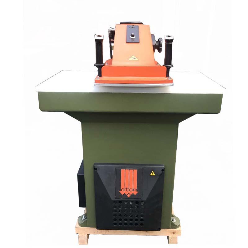 gebruikte herbouwde ATOM-snijpersmachine voor lederen schoenen en tassen