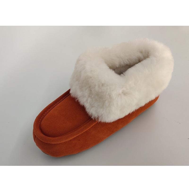 slippers van schapenvacht