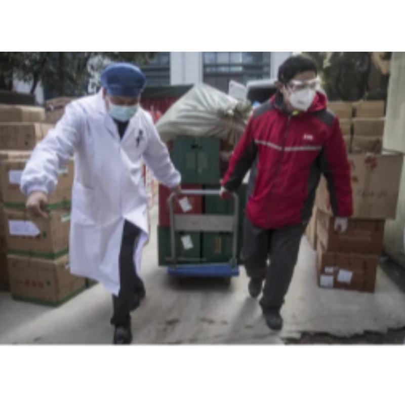 Met de nieuwe verordening, hebben de autoriteiten de stap genomen om eindelijk de kwaliteit en veiligheid van geëxporteerde medische benodigdheden te waarborgen.Maar Peking stuurde al aan partners een lijst van gecertificeerde bedrijven