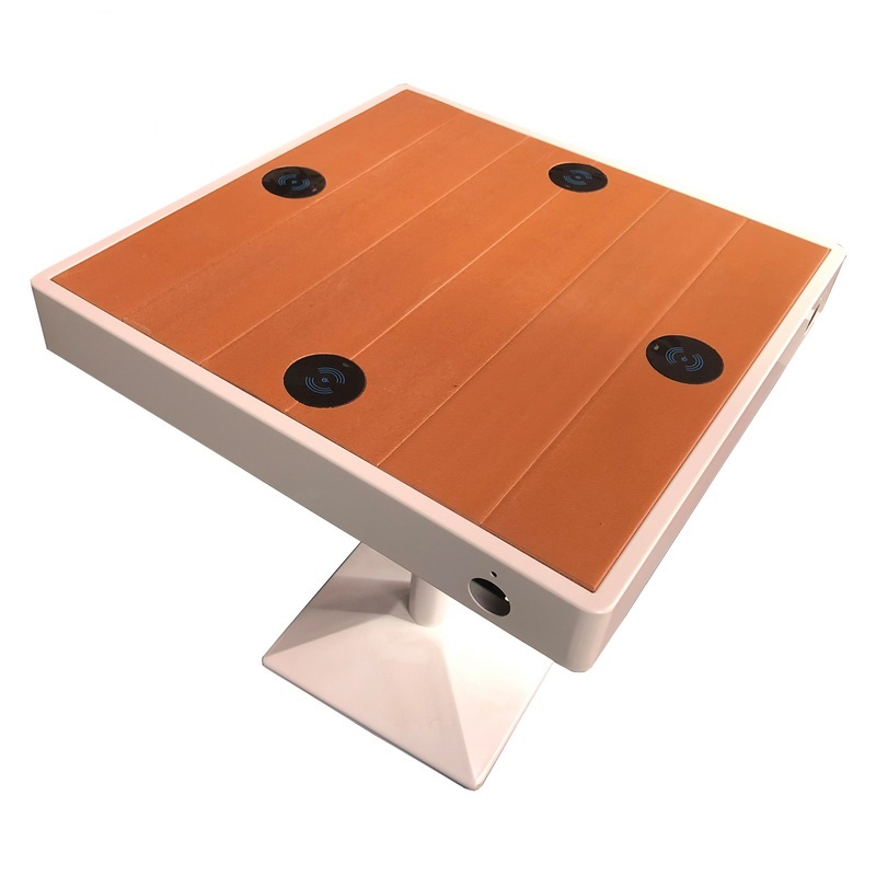 Roestvrijstalen houtkleur Smart Wifi-tafel met USB-oplader
